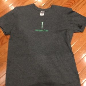 Tops - Golf tee shirt